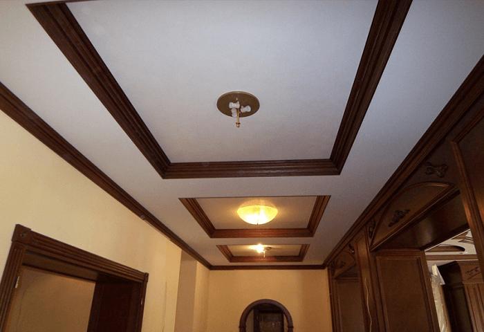 Натяжные потолки в коттедже СПб