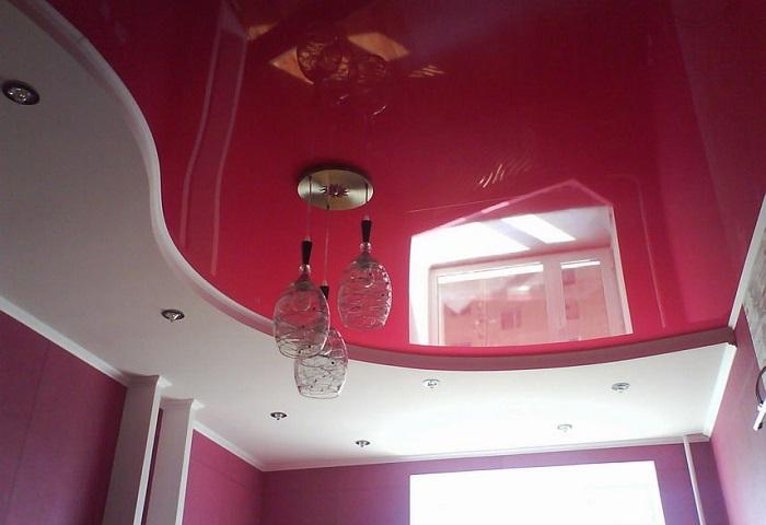 Лаковый натяжной потолок в СПб