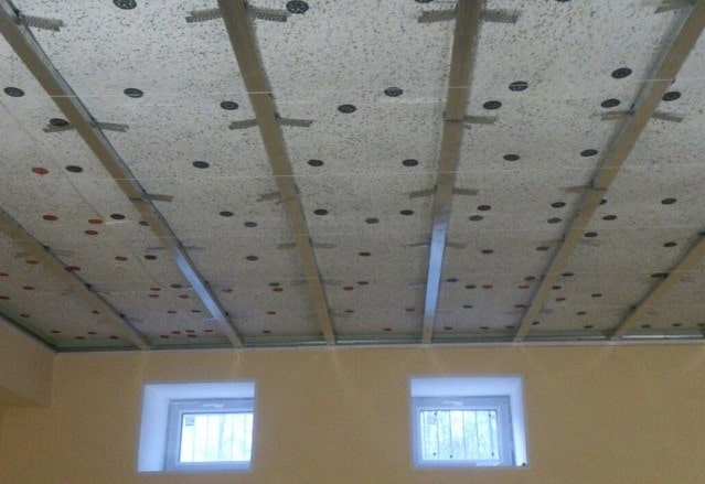 Каркасная система звукоизоляции на потолке