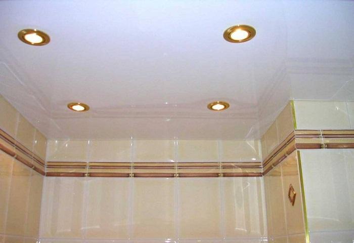 Глянцевый потолок СПб
