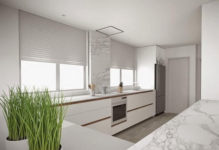Натяжные потолки эконом на кухне