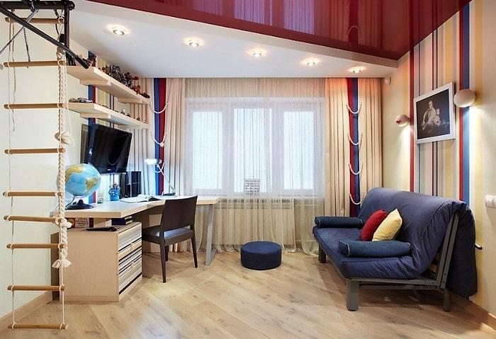 Натяжные потолки эконом в детской, сочетание двух видов полотен для визуального зонирования помещения